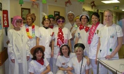 Personnel déguisé pour Carnaval